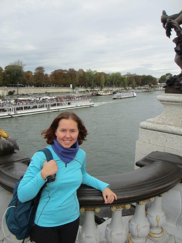 Мост Александра Третьего. Строился как символ сотрудничества России и Франции